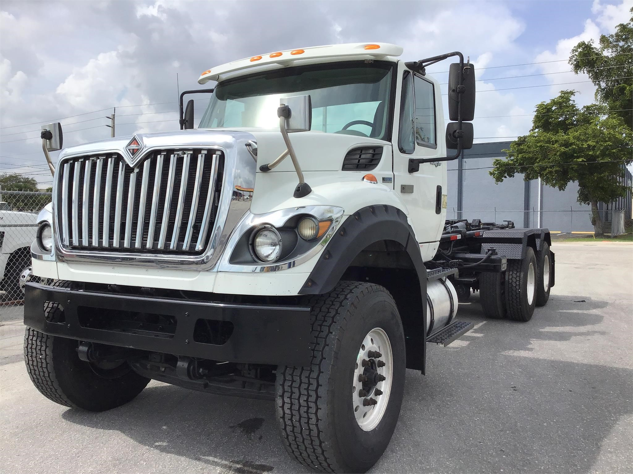 Pre-Owned 2013 INTERNATIONAL WORKSTAR 7600