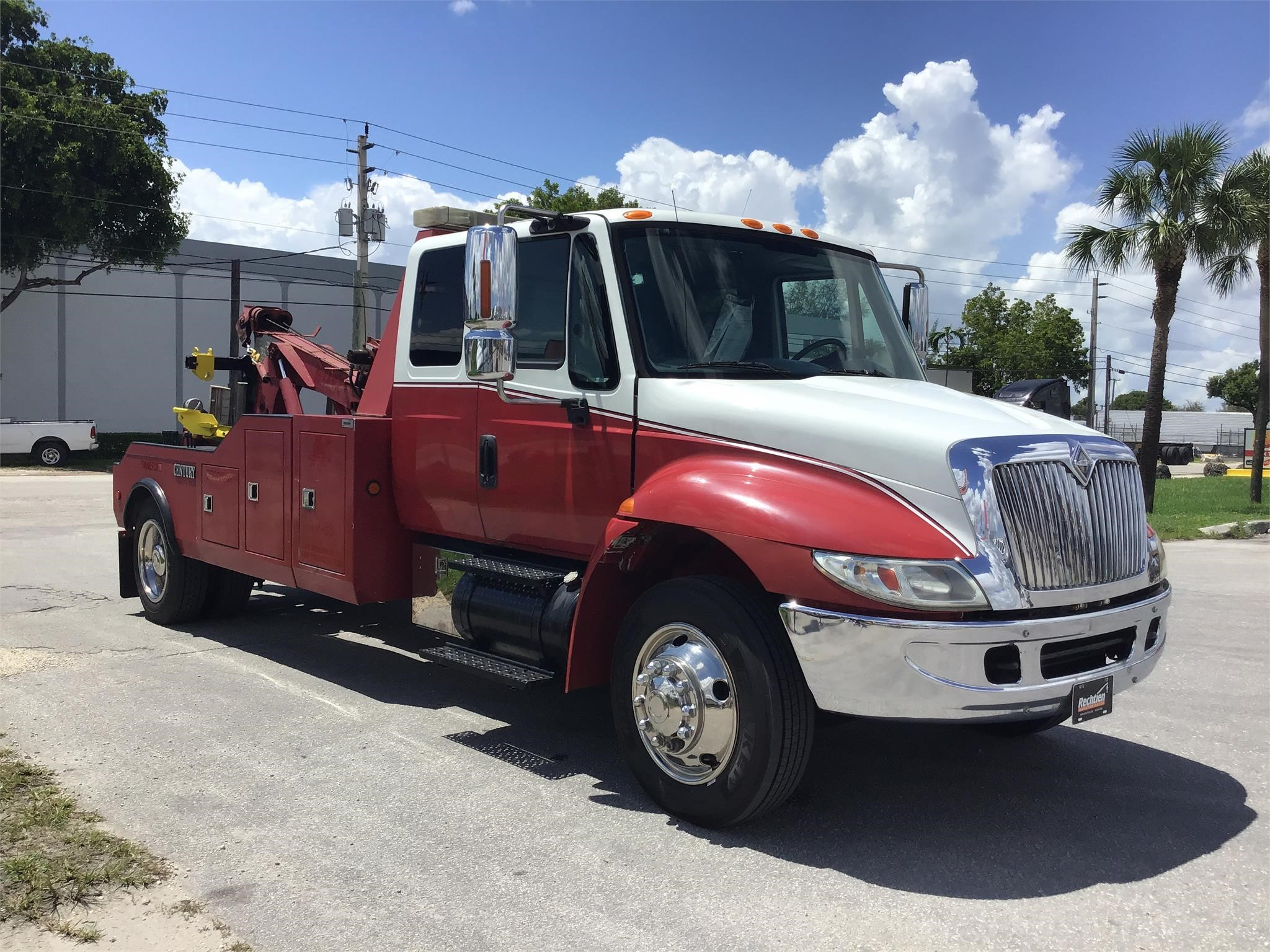 Pre-Owned 2007 INTERNATIONAL 4400