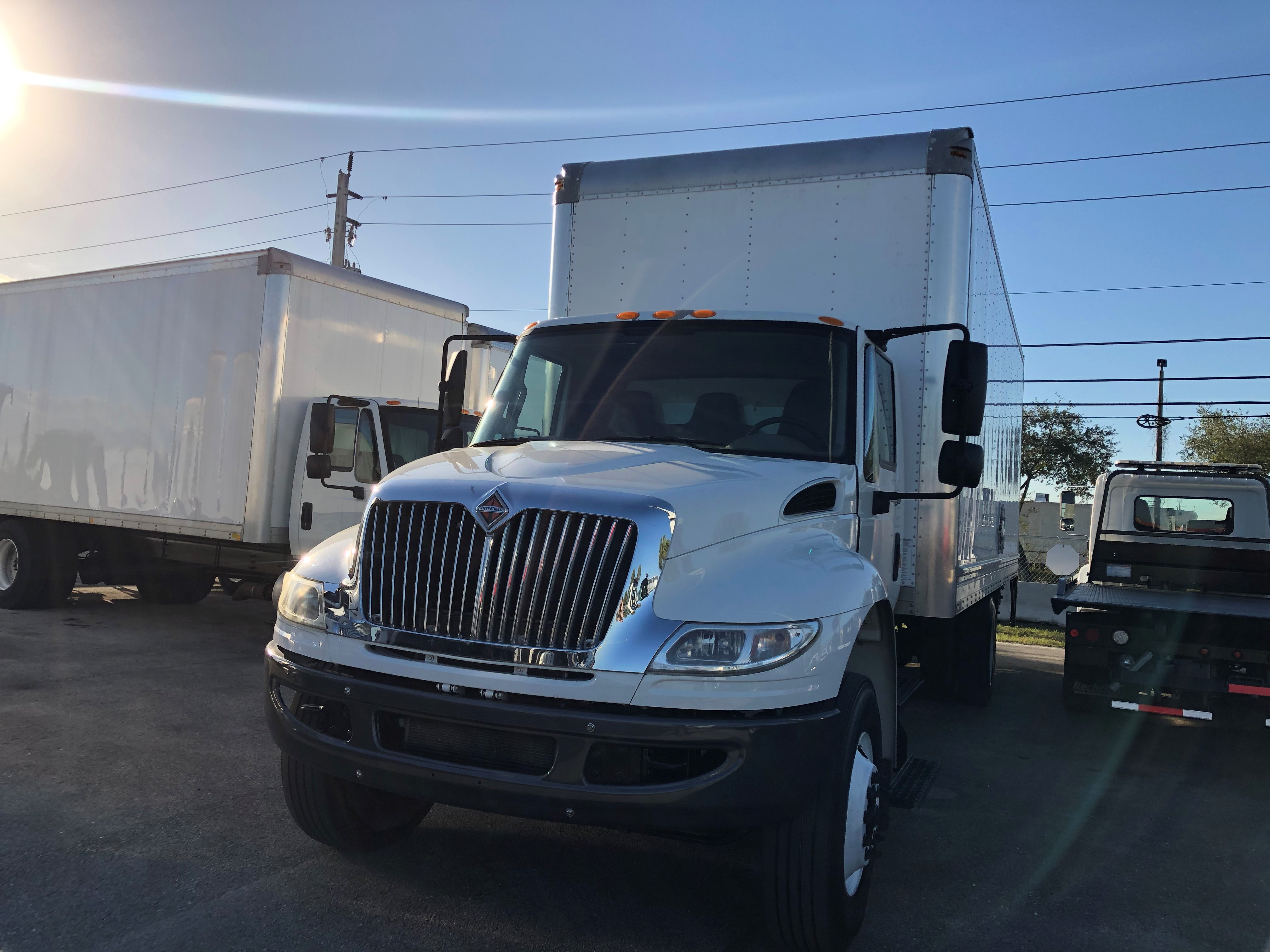 Pre-Owned 2014 INTERNATIONAL 7300 2500 RDS