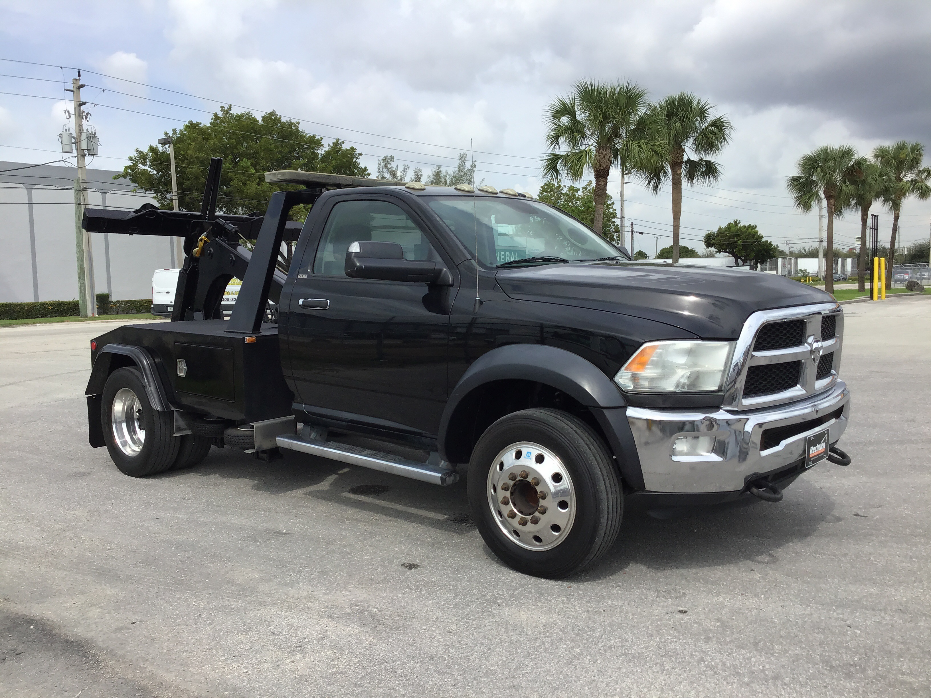 Pre-Owned 2015 DODGE 4500