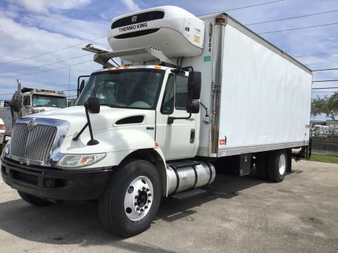 Pre-Owned 2013 INTERNATIONAL 4300 Ultra-Shift