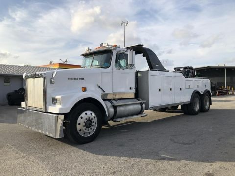 Pre-Owned 1996 WESTERN STAR 4964F