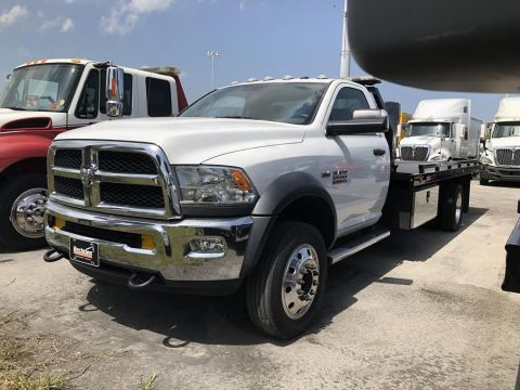 Pre-Owned 2017 DODGE RAM 5500HD