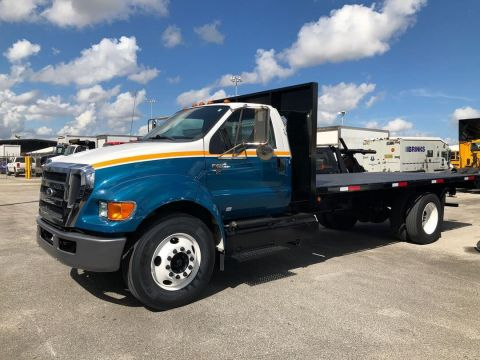 Pre-Owned 2013 FORD F650 XL SD